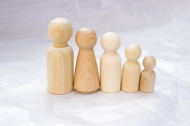 family wooden figures image